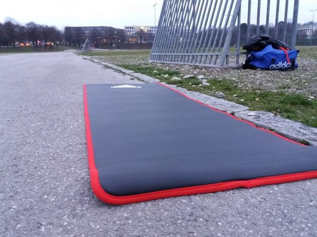 Adidas Trainingsmatte im Freeletics Test