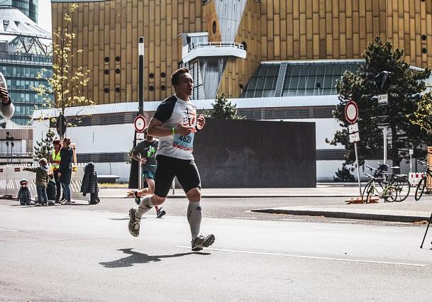 Laufen mit Gehpausen – so trainiert ihr effektiv